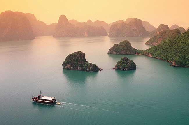 Tour du lịch Hạ Long, Tour du thuyền ở Vịnh Hạ Long