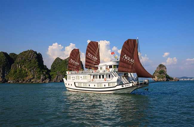 Du thuyền Aclass Legend Hạ Long là một trong những du thuyền 4 sao đẹp được tổ chức 1 cách chuyên nghiệp