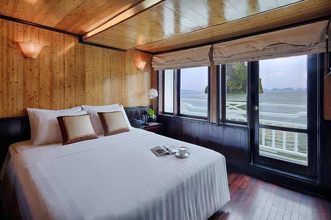 Phòng ngủ Tour Du Thuyền Syrena Cruises