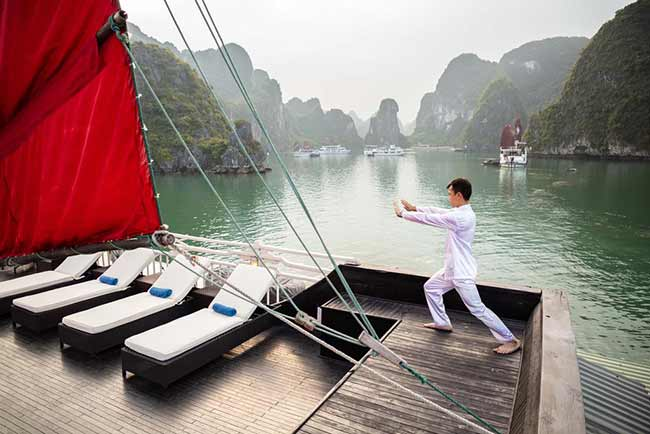 Tập Tai Chi trên Du Thuyền Syrena Cruises