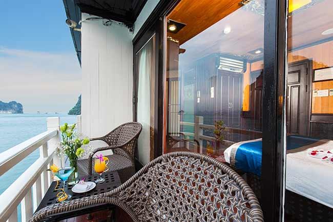 balcony-ancora-cruises-1