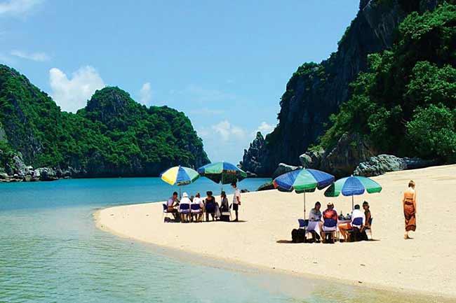 Tour du lịch Du Thuyền Hạ Long