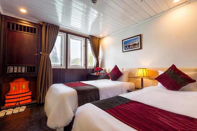 Phòng ngủ Du Thuyền Paloma tiêu chuẩn 4 sao