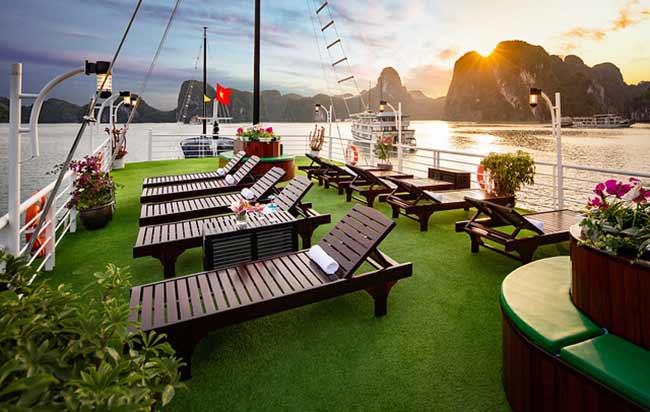 Tour Du Thuyền 3 Sao Lavender Cruise 2 Ngày 1 Đêm